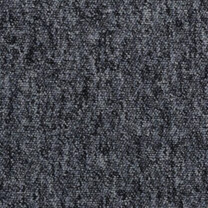 серый ковролин